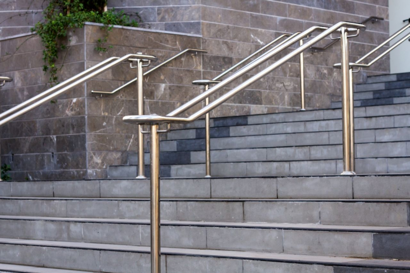 Corrimão de Inox para Escada Parque São Jorge - Corrimão de Inox com Vidro