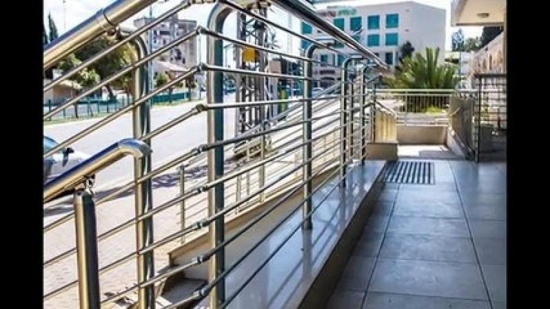 Guarda Corpo de Inox para Escada Preço em Guararema - Guarda Corpo de Inox com Vidro
