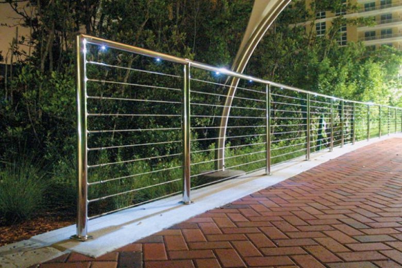 Guarda Corpo de Vidro com Torre de Inox Quanto Custa Jardim Paulistano - Guarda Corpo Aço Inox Escovado