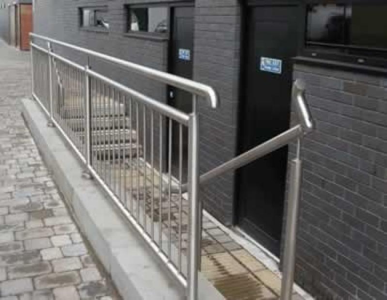 Orçamento de Corrimão para Escada de Inox em Amparo - Corrimão de Inox