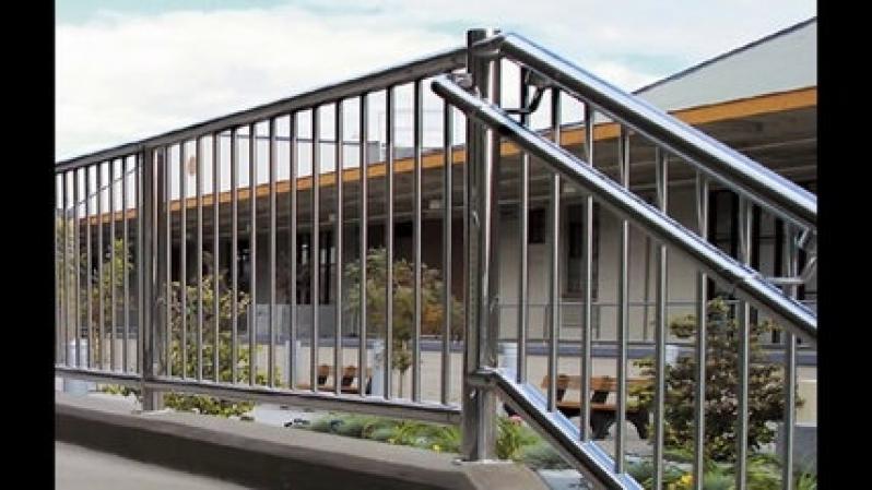 Orçamento de Guarda Corpo de Aço Inox com Vidro Parque do Carmo - Guarda Corpo Aço Inox Escovado