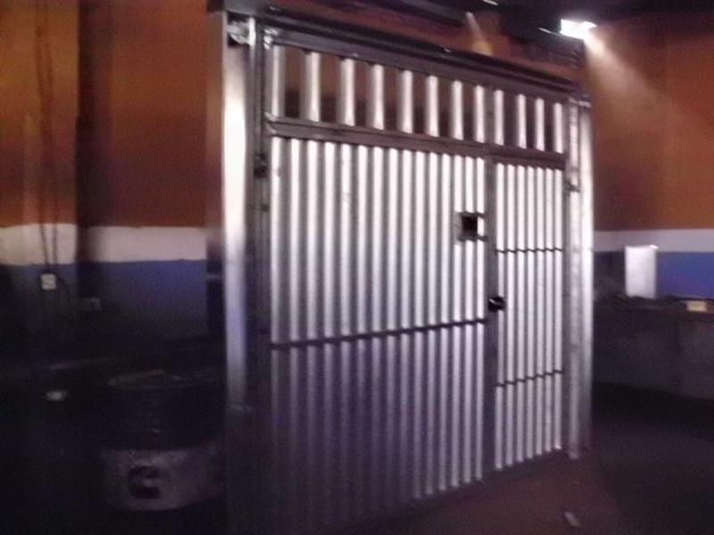 Portões Basculantes Automáticos Sacomã - Portão Metálico com Tela