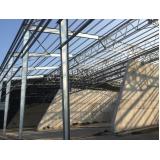 estrutura metálica de telhado