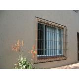 grade de ferro para proteção de porta preço em Salesópolis